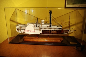"""Redemption,"" the exquisite replacement model of the Robert E. Lee for my birthday, 2009."